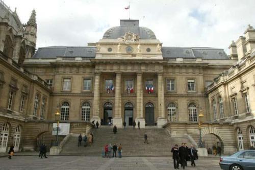 Le-palais-de-justice-de-Paris